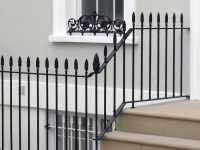 iron-railings-pot-guard